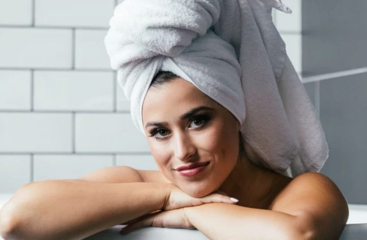 5 BEST NATURAL-ORGANIC SHAMPOOS COVER